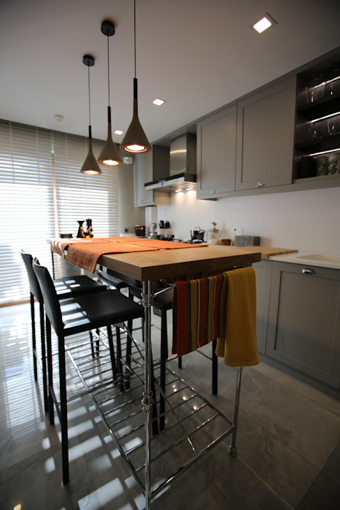 PHOTO CREDIT REHA MALATACIK Esra Kazmirci Mimarlik Modern Mutfak
