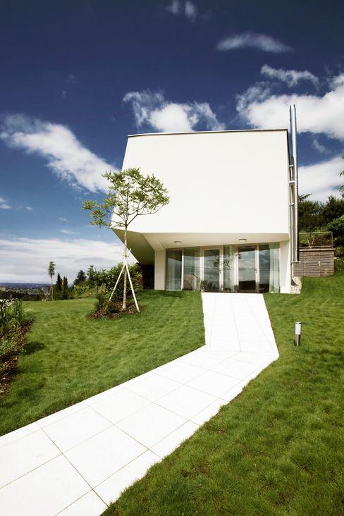 LOVE architecture and urbanism Minimalist house White