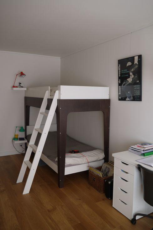 Agence Laurent Cayron Dormitorios infantiles de estilo moderno