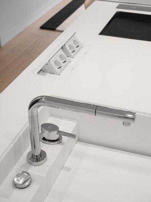 Ana Maria Timóteo _ arquitecta Minimalist kitchen