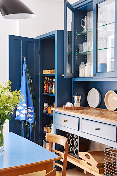 Light Filled Traditional Kitchen Holloways of Ludlow Bespoke Kitchens & Cabinetry KitchenCabinets & shelves Wood Blue