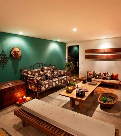 Carlos Salles Arquitetura e Interiores 现代客厅設計點子、靈感 & 圖片