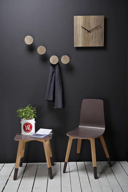 Creativando Srl - vendita on line oggetti design e complementi d'arredo 斯堪的納維亞風格的走廊,走廊和樓梯 MDF Wood effect