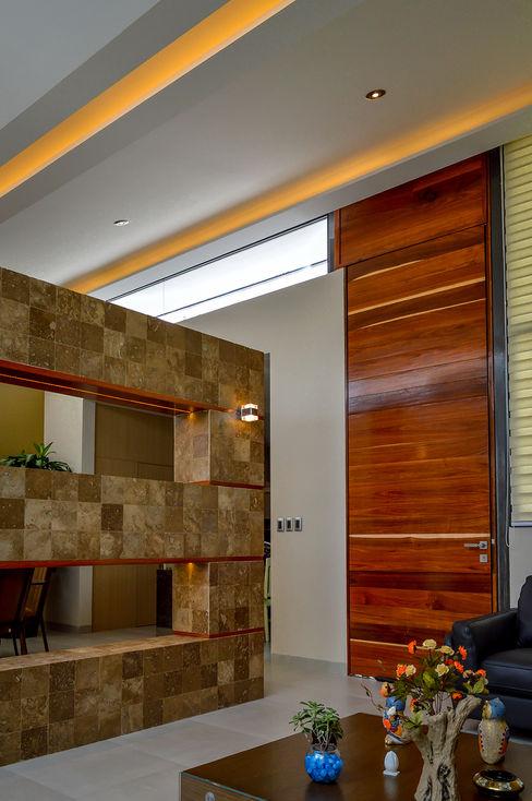 Wowa Modern Corridor, Hallway and Staircase