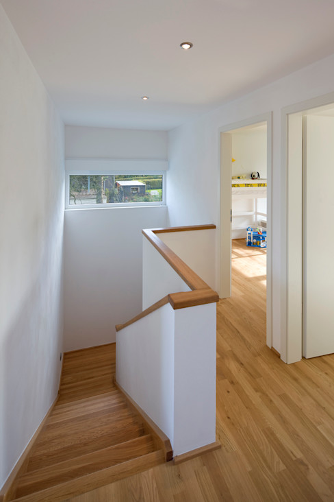 puschmann architektur Modern corridor, hallway & stairs