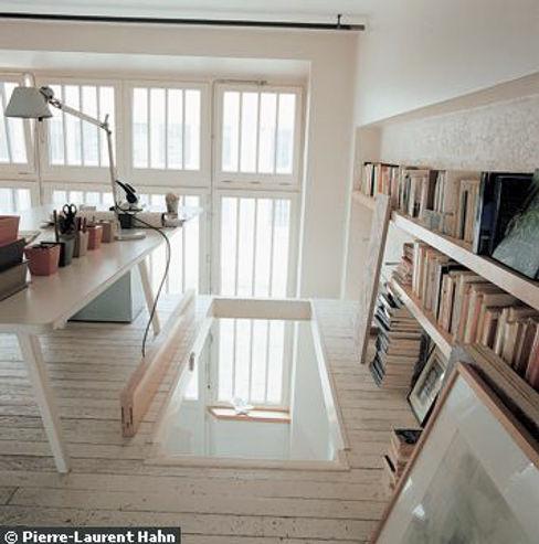 Transformation d'un atelier en appartement à Paris 111 architecture Bureau minimaliste