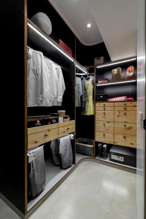 Nitido Interior design RecámarasArmarios y cómodas Contrachapado Negro