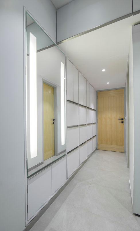 Nitido Interior design RecámarasArmarios y cómodas Contrachapado Blanco