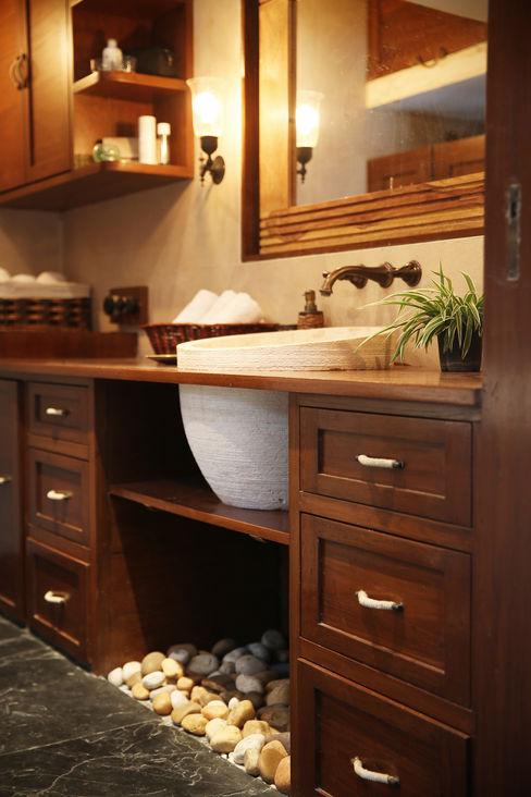 Nitido Interior design Ванна кімната Масив Дерев'яні