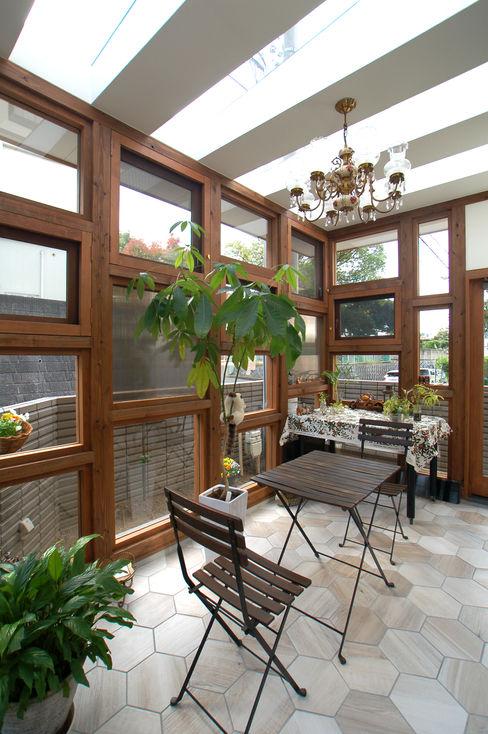 株式会社グランデザイン一級建築士事務所 溫室 實木 Wood effect