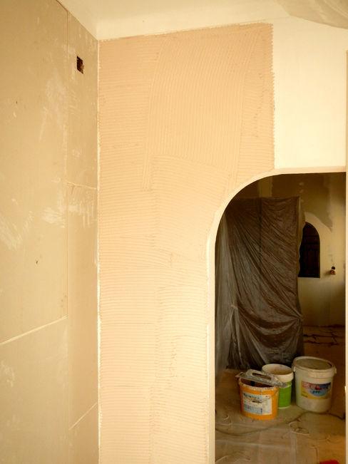 Remodelação / Renovação de Interiores RenoBuild Algarve Salas de estar rústicas