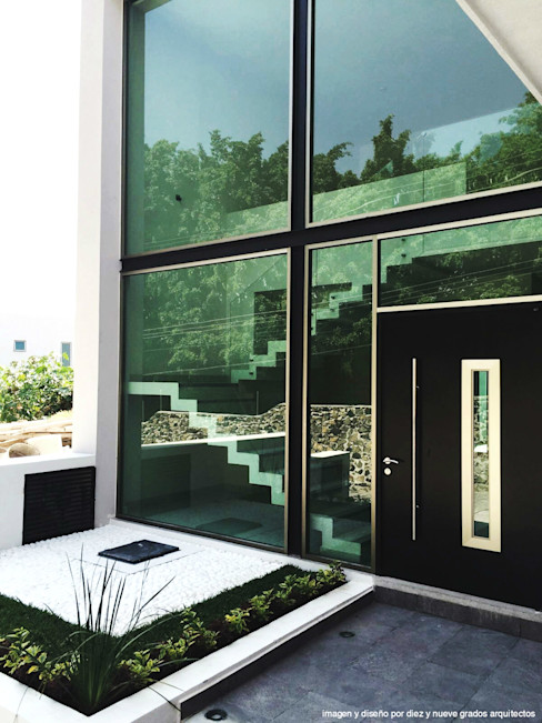 Diez y Nueve Grados Arquitectos Maisons minimalistes