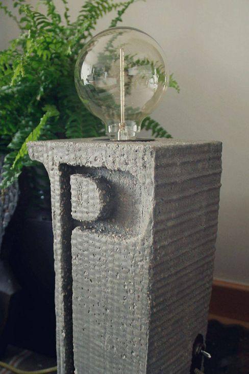 """Candeeiro """" i """" em cimento e madeira. Pode Ser! CasaAcessórios e Decoração Pedra Cinzento"""