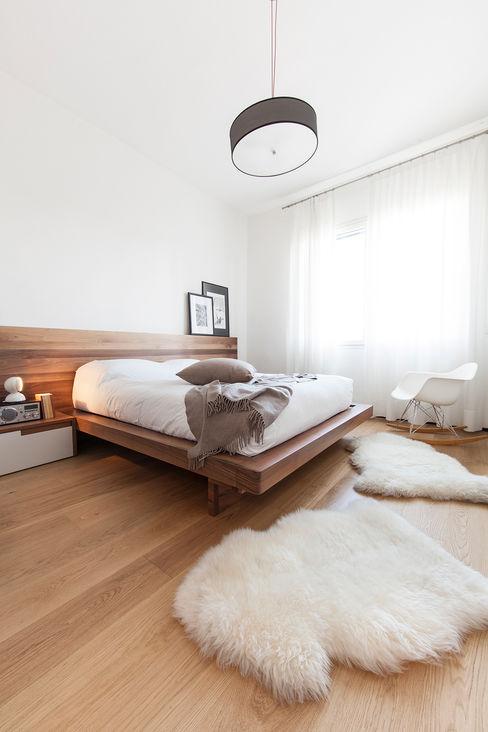 Interior DM Didonè Comacchio Architects Camera da letto minimalista