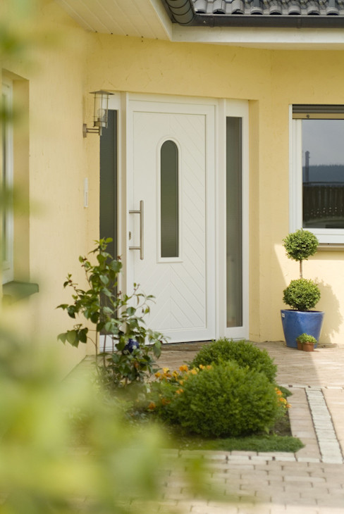 homify Modern Windows and Doors White