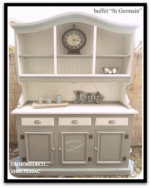 homify Dining roomDressers & sideboards Than củi Grey
