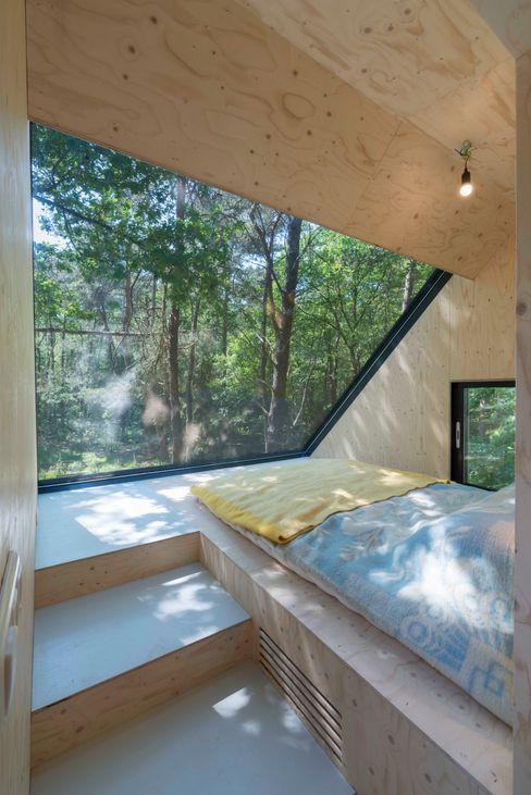 Bloot Architecture Modern Bedroom