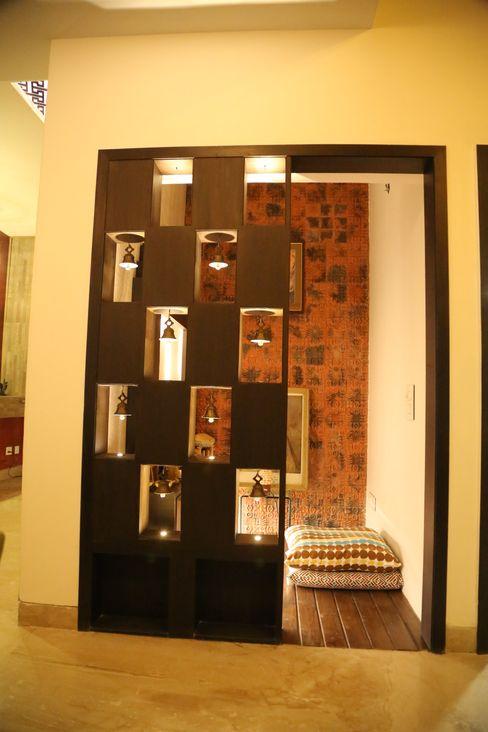 Premium Residence Aayam Consultants Modern corridor, hallway & stairs