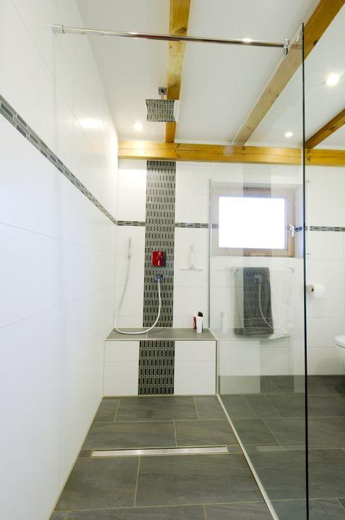 Immobilienphoto.com Salle de bain moderne