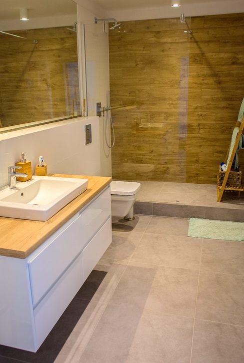 Pika Design Baños de estilo moderno