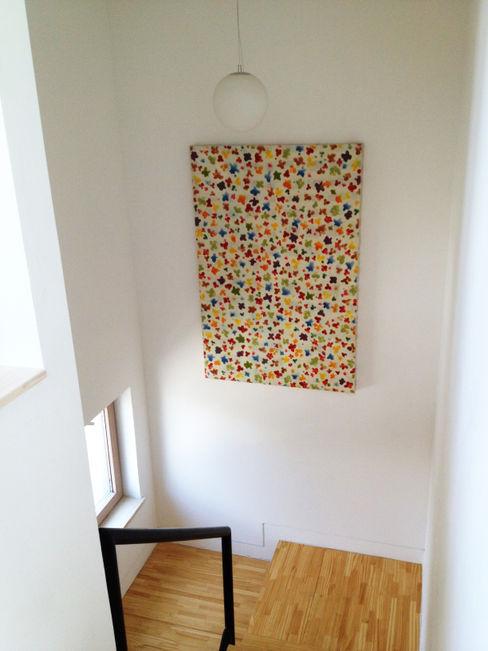 homify Moderne gangen, hallen & trappenhuizen