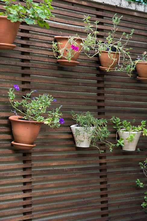 Expace - espaços e experiências Balcones y terrazas rústicos Madera