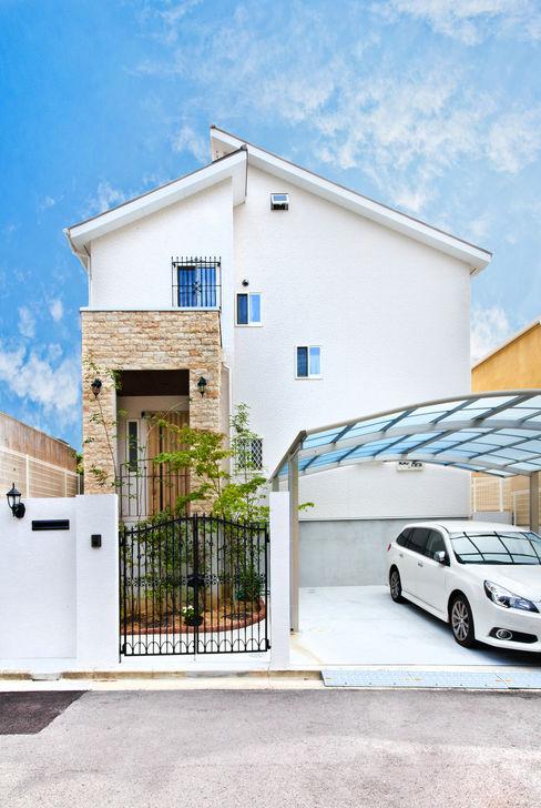 遊友建築工房 Mediterranean style house White
