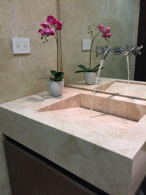 Monica Saravia Modern Bathroom Marble Beige
