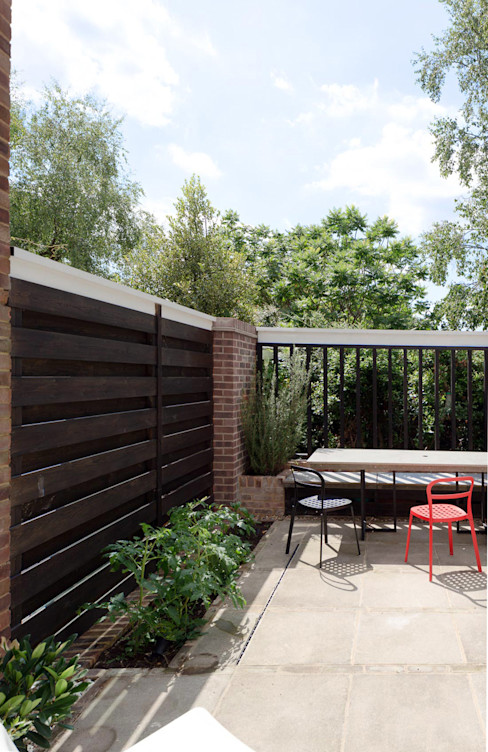 Hamberg House, Richmond, London London Atelier Ltd Modern Garden Wood Black