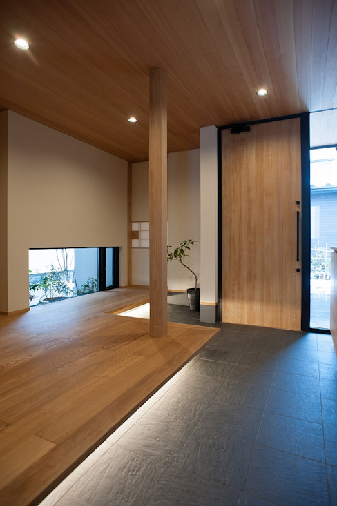 玄関・ホール 荒井好一郎建築設計室 モダンスタイルの 玄関&廊下&階段