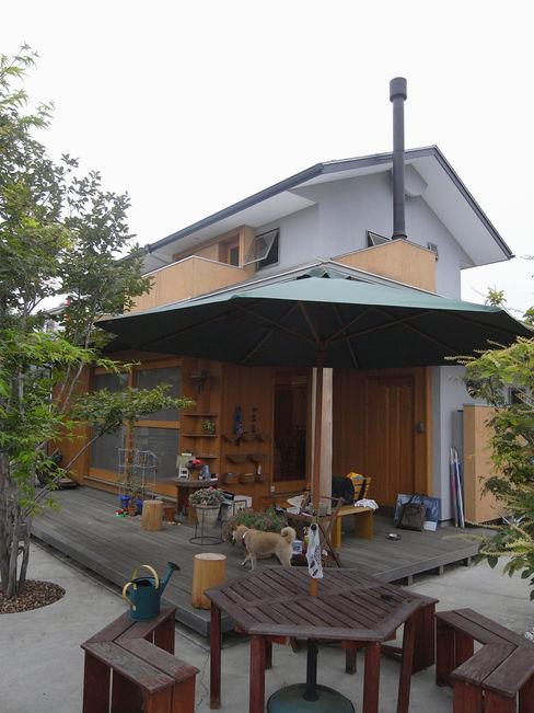 (株)独楽蔵 KOMAGURA Balcon, Veranda & Terrasse originaux
