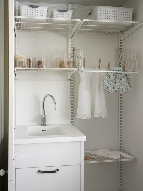 DEULONDER arquitectura domestica Rustic style kitchen White