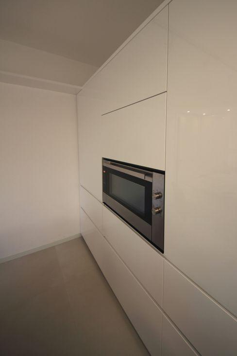 Falegnameria Ferrari Minimalist kitchen