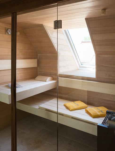 Maßgefertigte Sauna Kathameno Interior Design e.U. Moderner Spa