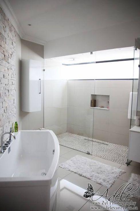 Rudman Visagie 現代浴室設計點子、靈感&圖片