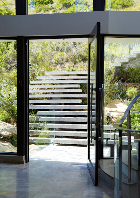 Landscape Stairs Jenny Mills Architects 現代風玄關、走廊與階梯