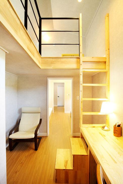 주택설계전문 디자인그룹 홈스타일토토 Ruang Studi/Kantor Modern