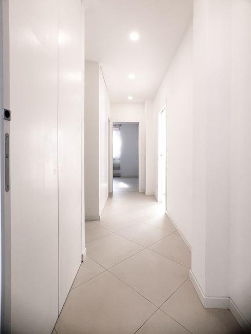 M16 architetti Moderne gangen, hallen & trappenhuizen