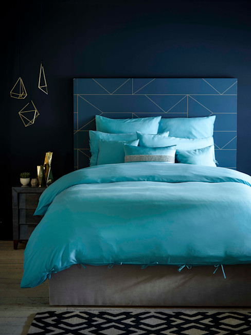 Fiesta Turquoise silk bed linen homify BedroomTextiles Silk Blue