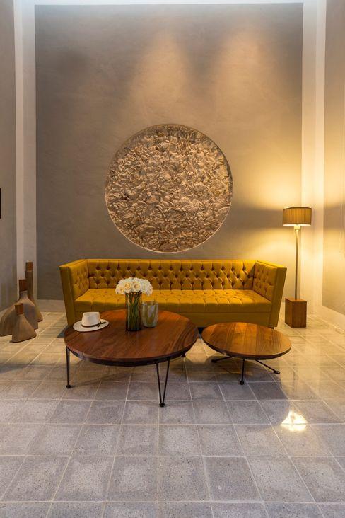Taller Estilo Arquitectura Modern living room Stone Yellow
