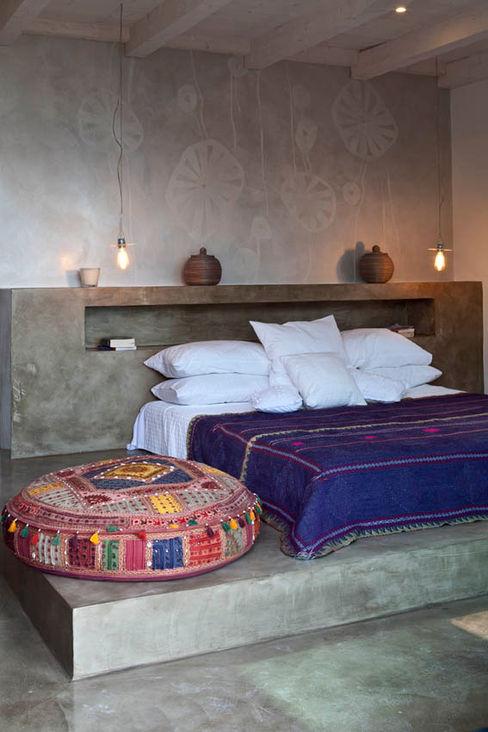 Personal Factory Mediterranean style bedroom Grey