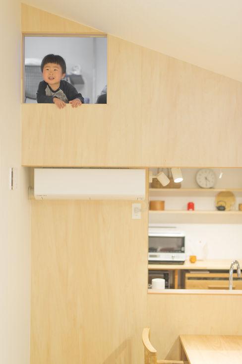 加藤淳一級建築士事務所 現代廚房設計點子、靈感&圖片