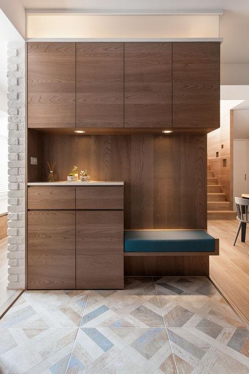 折‧日景 Transition Luminos View 禾光室內裝修設計 ─ Her Guang Design 斯堪的納維亞風格的走廊,走廊和樓梯