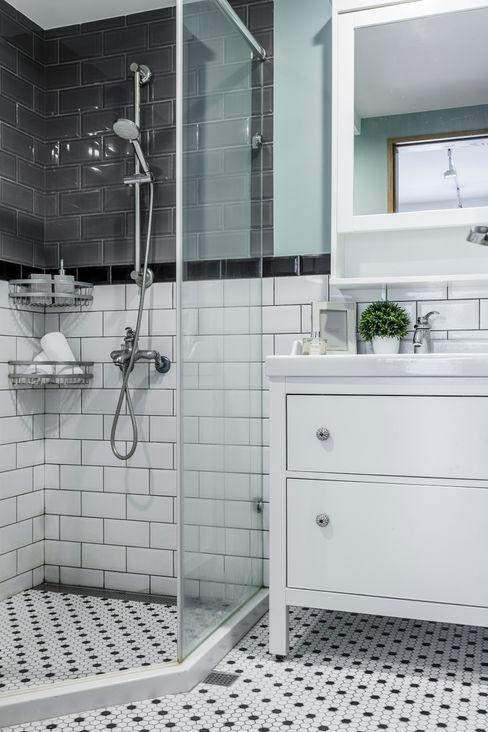 潤澤明亮設計事務所 Rustic style bathroom Tiles Green