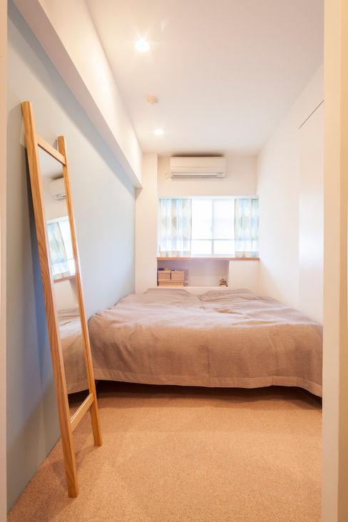 U邸-築18年、使っていない「倉庫」を整理した 株式会社ブルースタジオ モダンスタイルの寝室