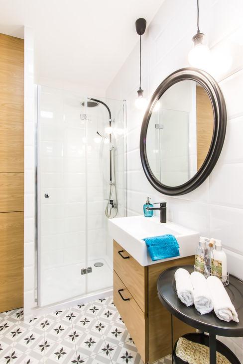 DreamHouse.info.pl Scandinavian style bathroom
