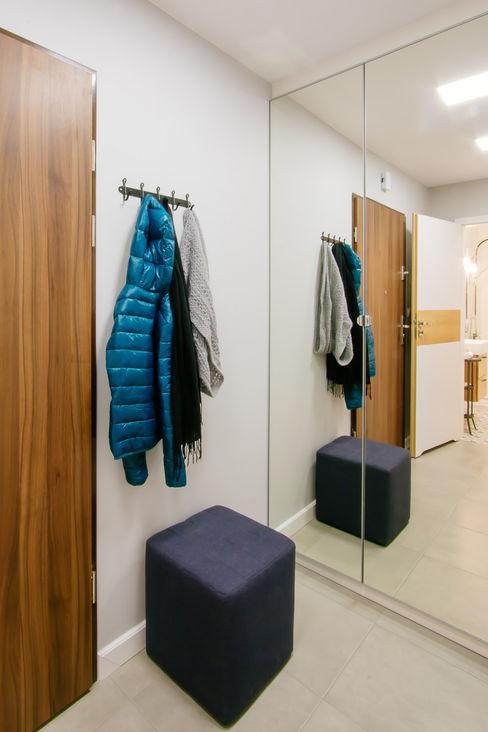 DreamHouse.info.pl Scandinavian style corridor, hallway& stairs