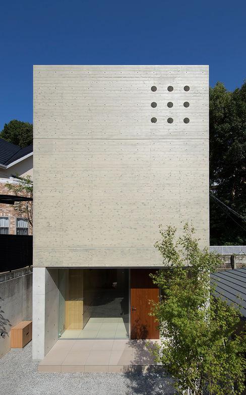 Atelier Square 現代房屋設計點子、靈感 & 圖片 水泥 Grey