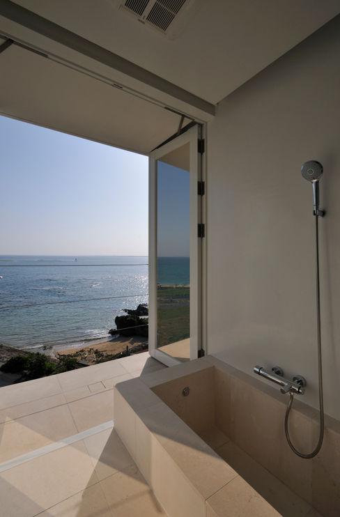 FRSW-HOUSE 門一級建築士事務所 モダンスタイルの お風呂