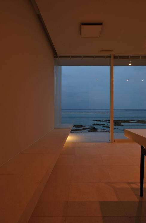 FRSW-HOUSE 門一級建築士事務所 モダンデザインの リビング